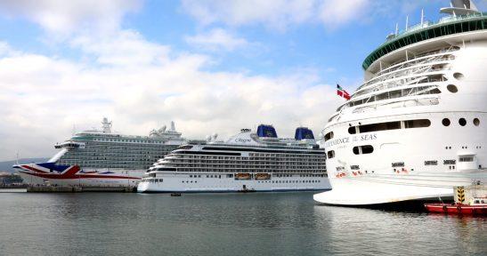 El Puerto de Bilbao recibe por primera vez cerca de 9.000 cruceristas en un mismo día a bordo de tres cruceros