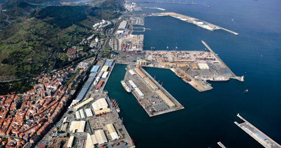 El Puerto de Bilbao elabora una nueva propuesta de valoración del suelo portuario que conllevará una reducción de los costes a las empresas concesionarias