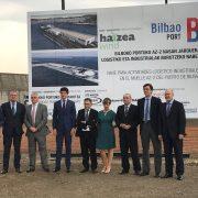 Inicio de las obras de construcción de la planta de fabricación de torres eólicas marinas de Haizea Wind en el Puerto de Bilbao