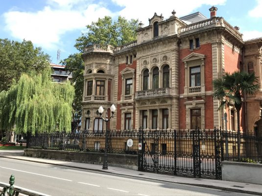 Olabarri palace