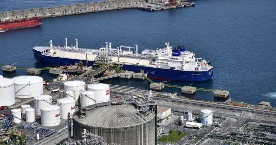 Bahia de Bizkaia Gas recibe por primera vez en la península Ibérica un metanero rompehielos procedente de Siberia