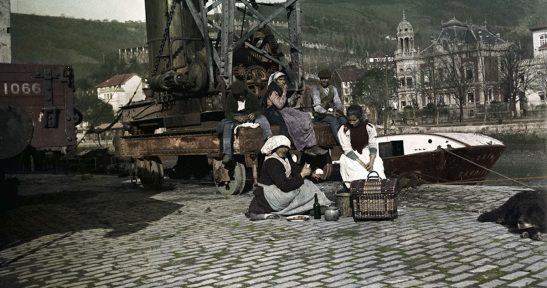 La Autoridad Portuaria de Bilbao y el Museo Vasco difunden el trabajo de Eulalia Abaitua, la primera fotógrafa de Euskadi