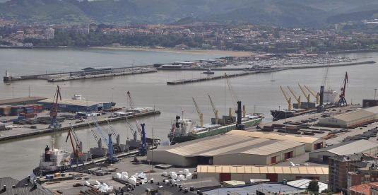 Una de las terminales para breakbulk en el puerto de Bilbao