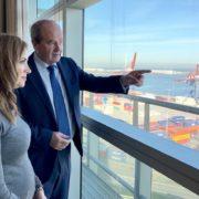 Visita de la consejera de trabajo al Puerto de Bilbao