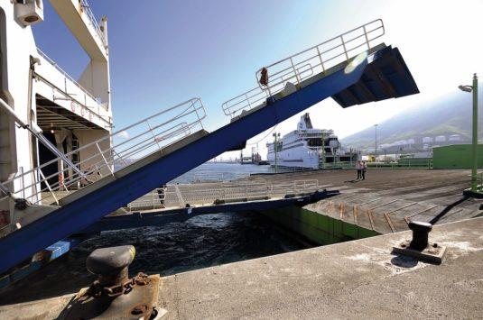 Buques de Brittany Ferries en el puerto de Bilbao