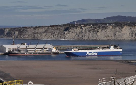 Arrival of a Finnlines´ship at the Port of Bilbao