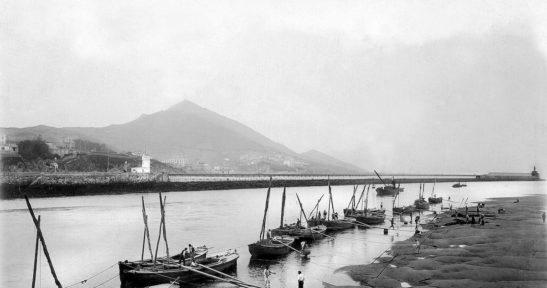 Exposición sobre los muelles de Portugalete a través de las fotografías de la Autoridad Portuaria