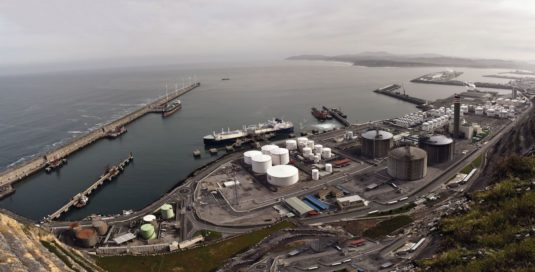 Zona industrial del puerto