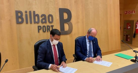 Bizkaia and the Port Authority work together to set up the pedestrian and cycle boulevard on the road along the river