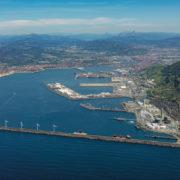 El tráfico del Puerto de Bilbao comienza a recuperarse en junio con un incremento del 15%