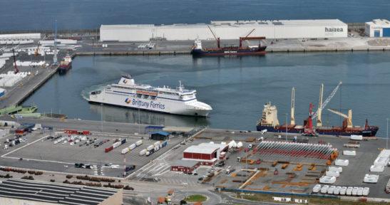 El Cap Finistère de Brittany Ferries, que admite carga y pasajeros, retoma la ruta entre Bilbao y Portsmouth